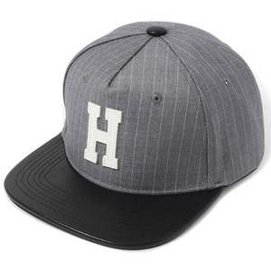[헤이터] H Leather Patch Stripe Snapback- Gray, 스냅백 - 풋셀스토어